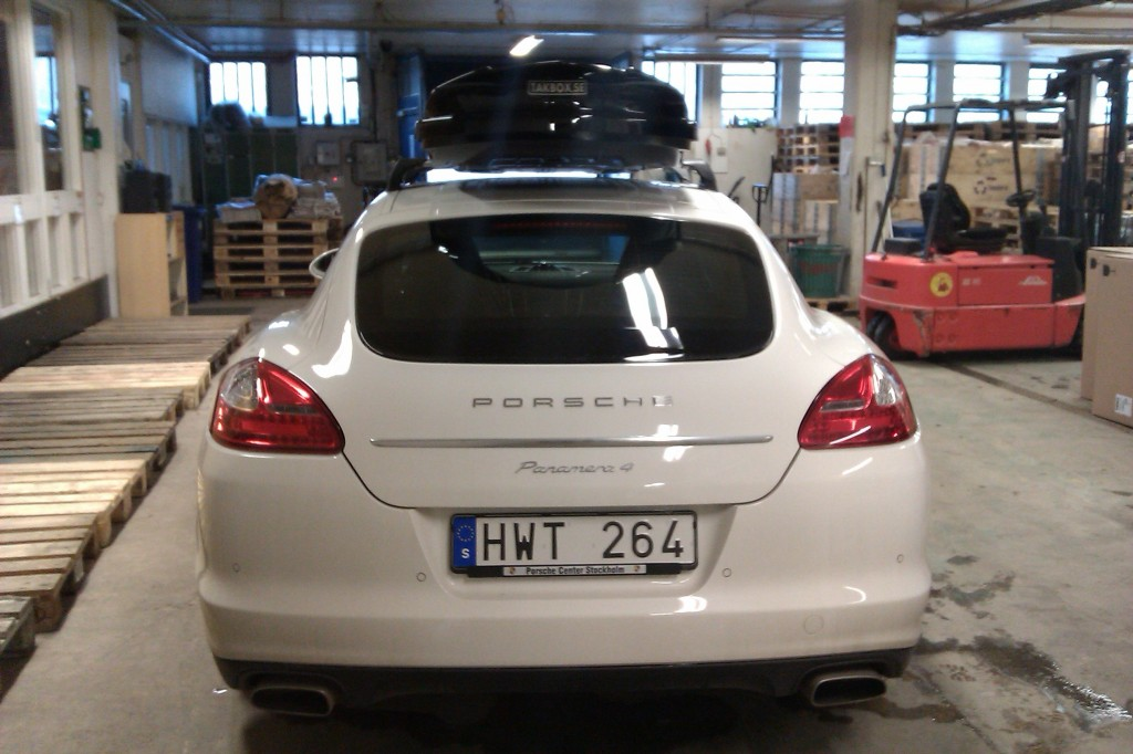 Takbox Thule Dynamic 900 Monterad P 229 Porsche Panamera